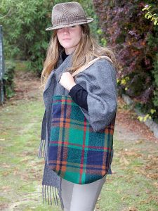Escoces Verde Forro Dorado Mujer