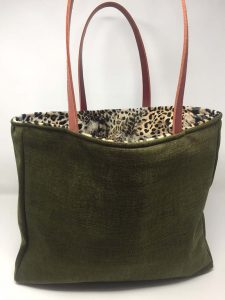 Verde Leopardo Asa Naranja