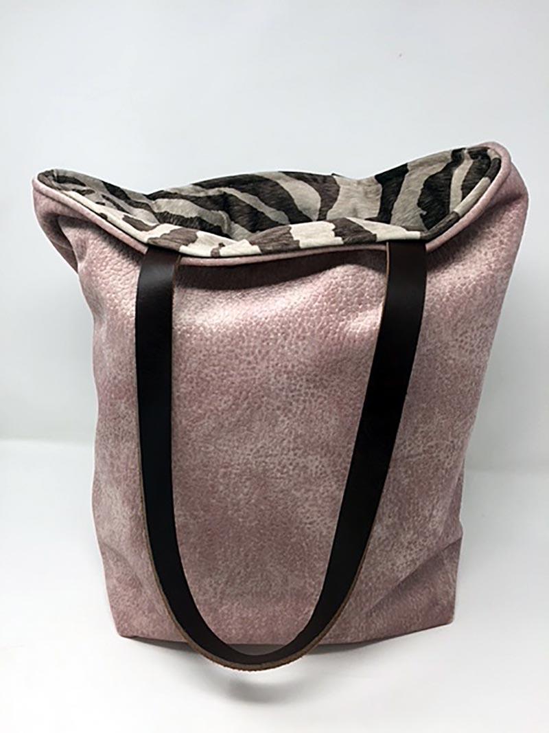 Cebra Marrón Forro Rosa Reversible